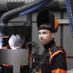 Beim Schweißen von Chrom-Nickel-Stahl ist eine Luftrückführung nur teilweise zulässig