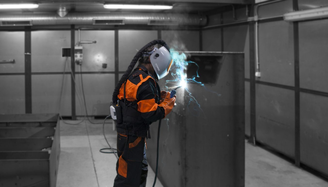 Hazardous substances in welding fumes: How they affect the human ...